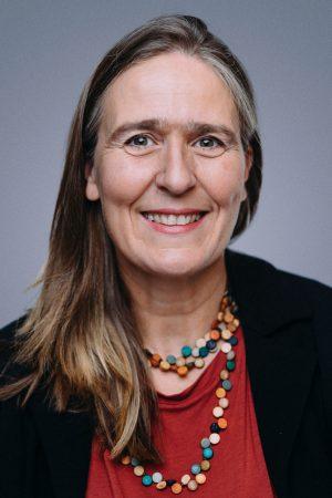 Angela Metzler